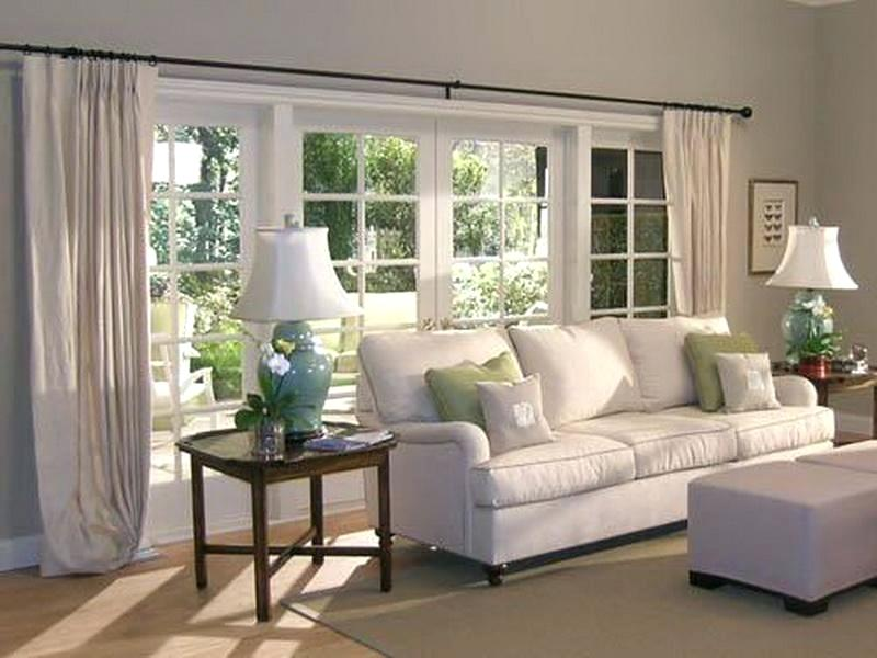 Customize the blinds as per your needs as the blinds are available with high quality