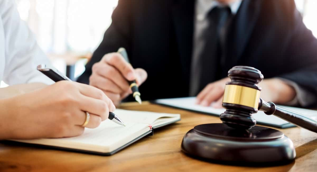 Reason To Get Services of Criminal Defense Lawyers
