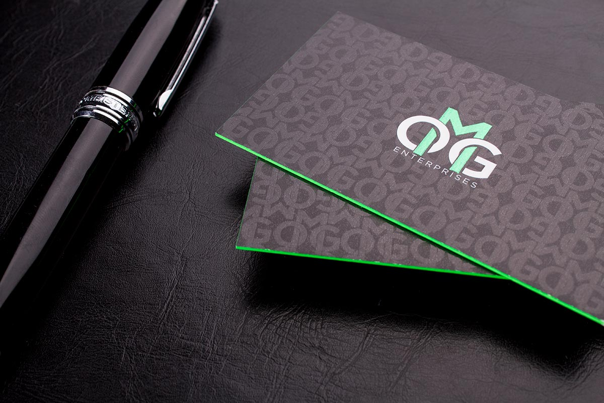 What are spot UV business cards and how they work?