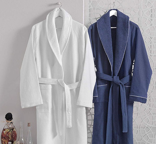 Silk robes – most suitable night wear